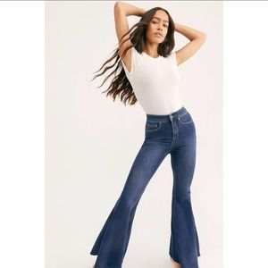 NWOT Free People   CRVY Lace Up 70's Flare High Rise Jeans
